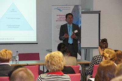 Michael Thode im Vortrag zum Thema Qualitätsmanagement